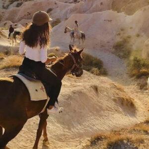 Cabalgar en Capadocia