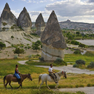Montar a caballo en Capadocia