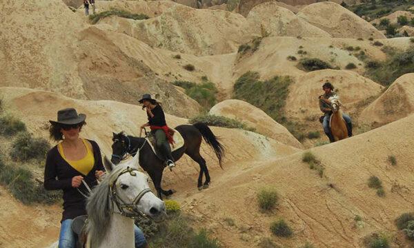 Конная поездка на Закате Солнца в Каппадокии